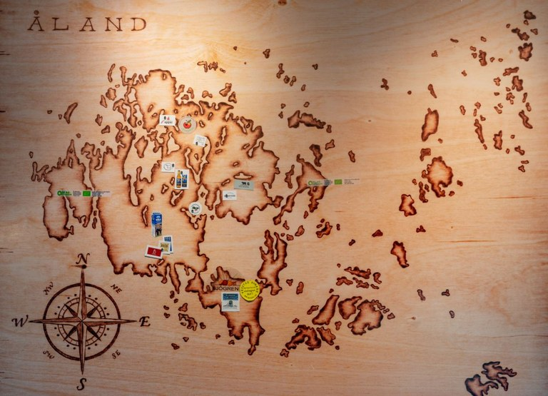 Åland wall map