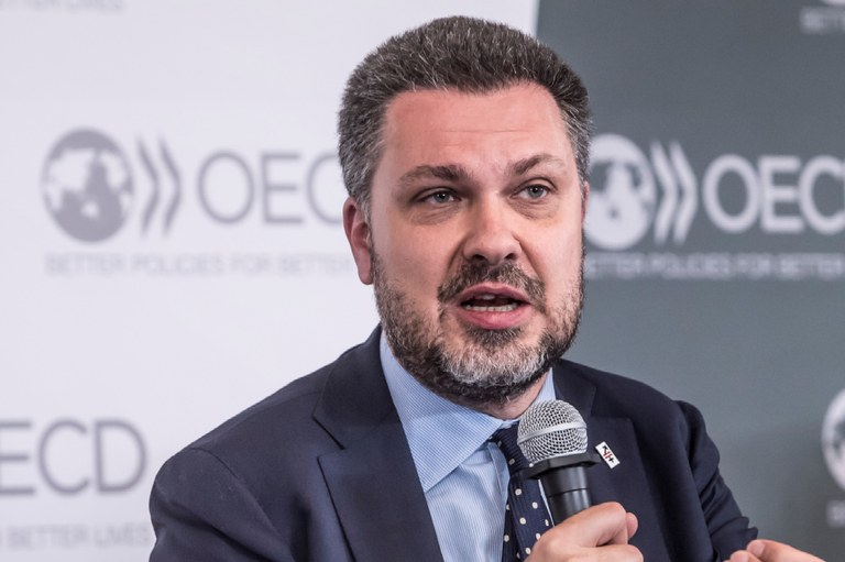 Luca Visentini: The OECD must follow up its new narrative of inclusive growth