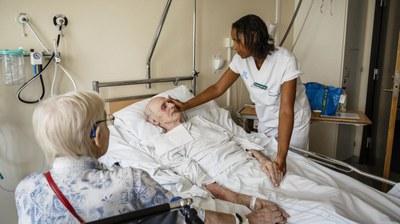 Swedish assistant nurses want higher status through legal recognition