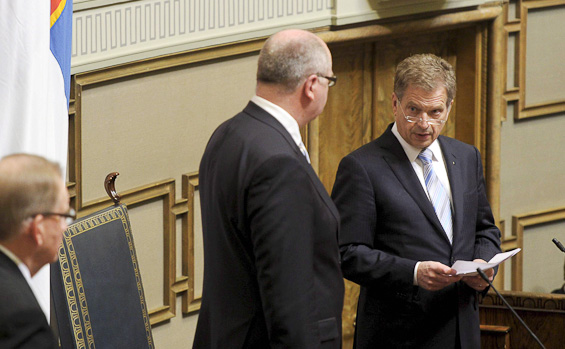 German-style pay cuts tempt Finnish employers, fuels mistrust